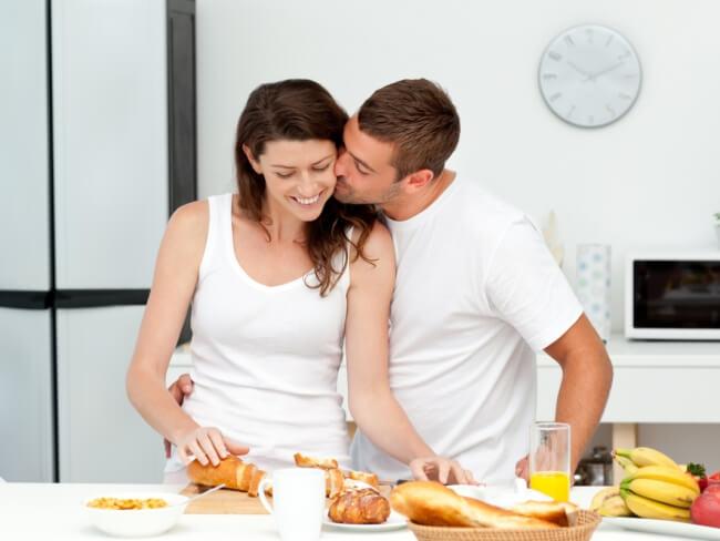 поцелуйте мужа