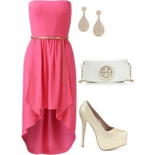 Луки одежды с платьями