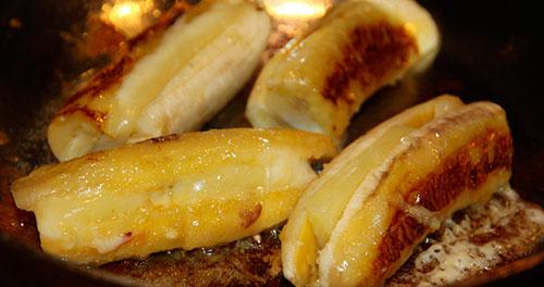 банан в яичном соусе